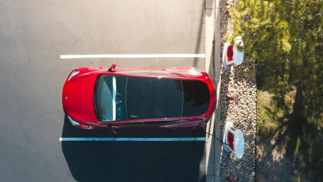 特斯拉的超级充电器将按小时收费向其他品牌充电